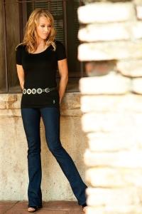 Women's casulamere shorts sleeve, scoop neck top
