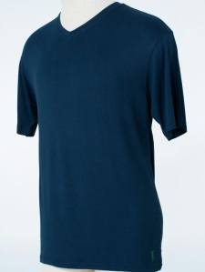 NAVY Mens v-neck, fitted, 100% bamboo T-shirt.