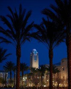 Las Vegas Smith Center at night